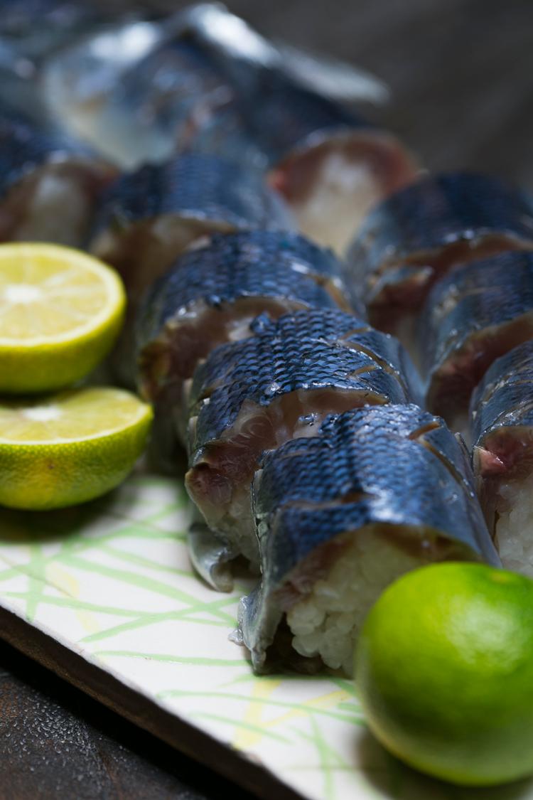 秋刀魚寿司づくり_盛付